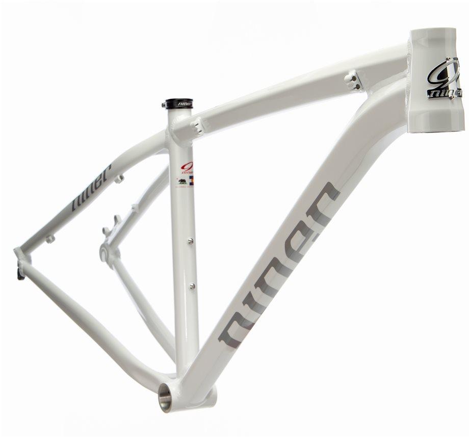 EMD9 frame - Byx.com.sg